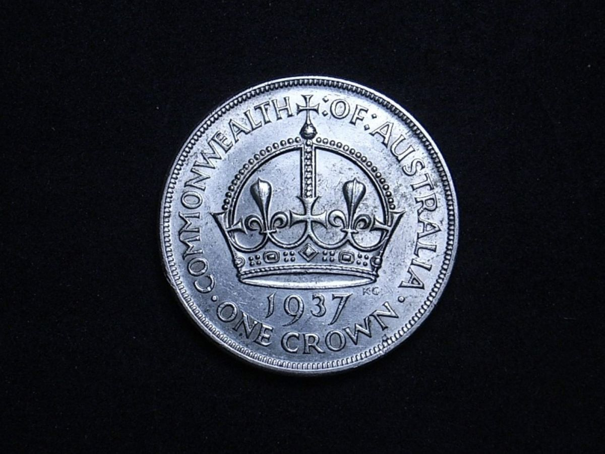 Aussie Crown 1937 reverse highlighting the coin's lustre