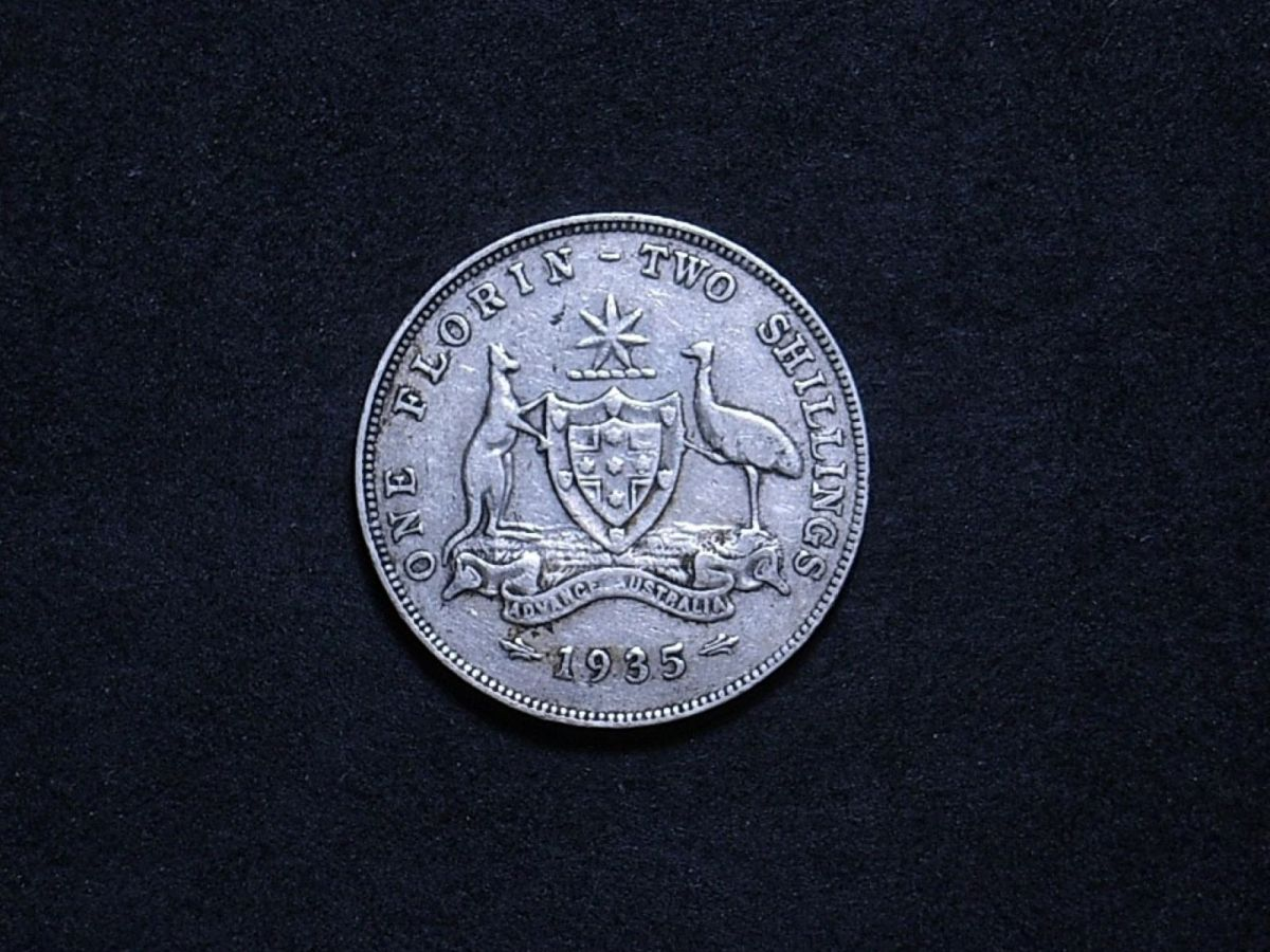 Aussie 1935 florin reverse showing the overall appearance of the coin