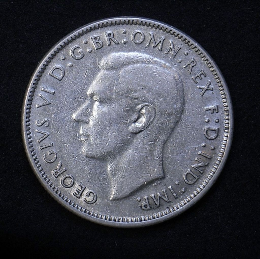 close up of obverse Aussie florin 1941 showing detail on the coin