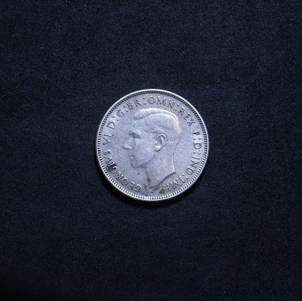 Aus Florin 1942 obverse showing overall appearance