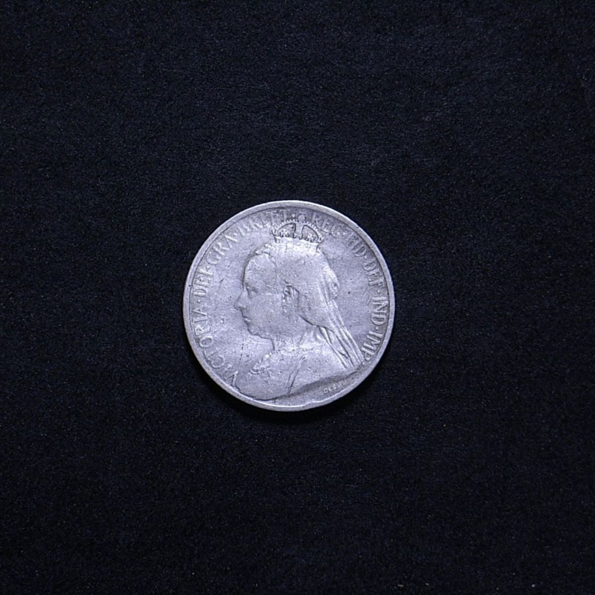 Cypriot 1901 9 piastres obverse showing the coin's overall appearance