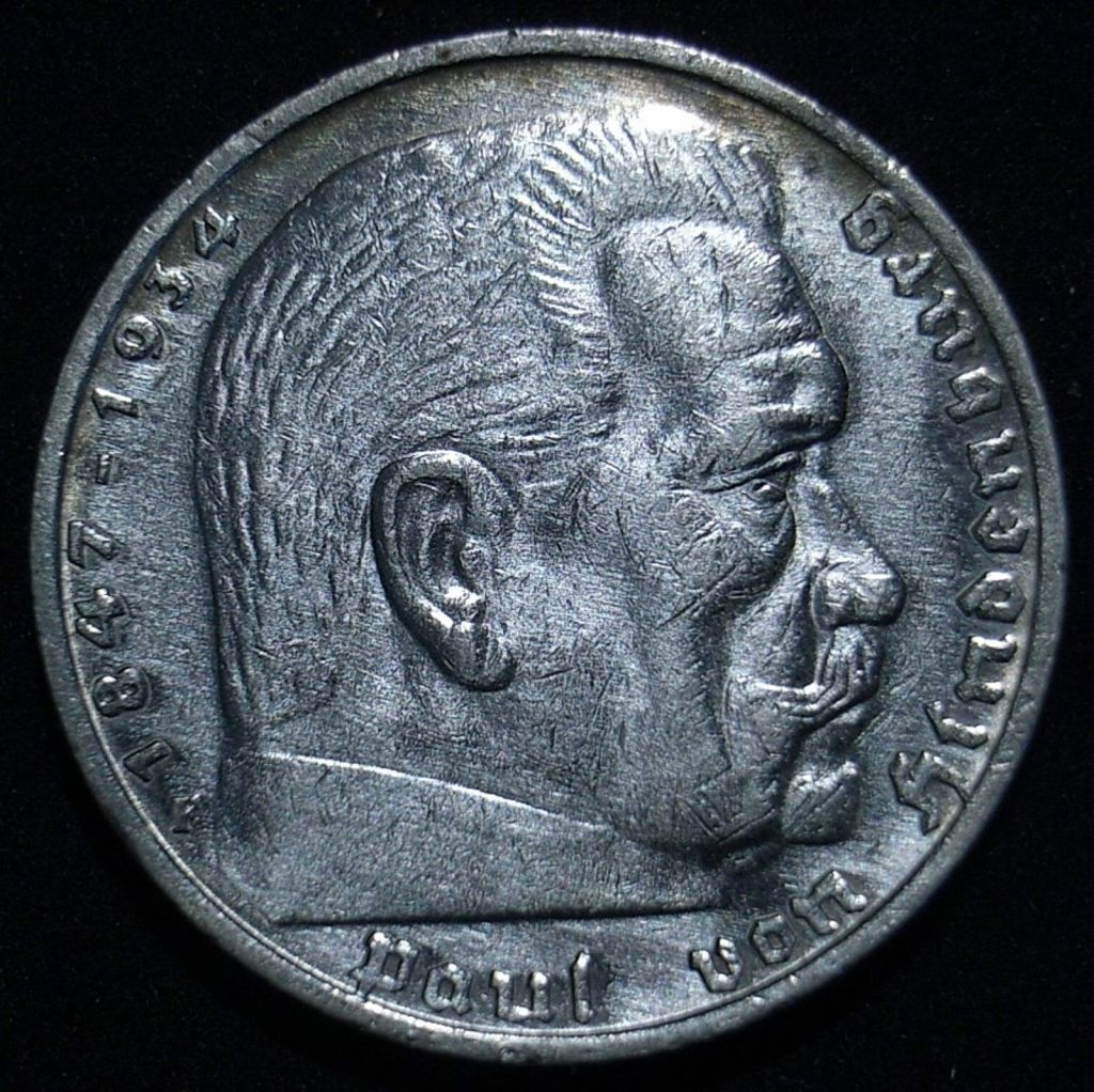 German 5 marks 1935F obverse close up, new light angle, showing the coin's detail