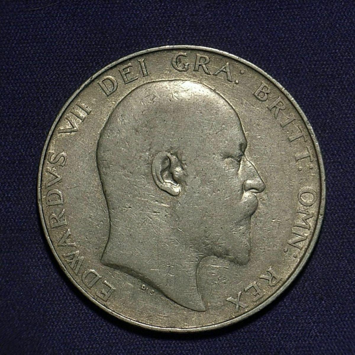 UK 1906 Half Crown obverse close up