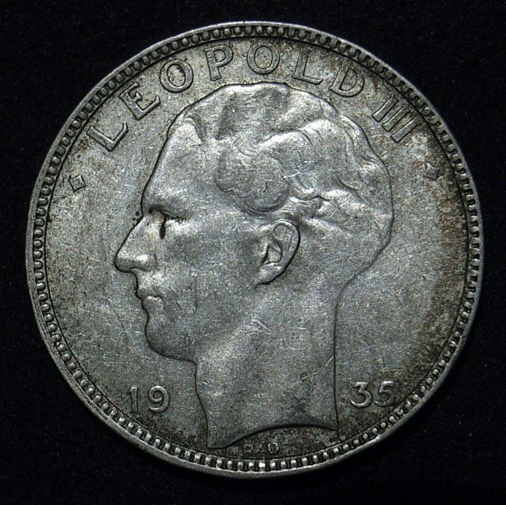 Close up Belgium 20 Francs 1935 obverse showing detail