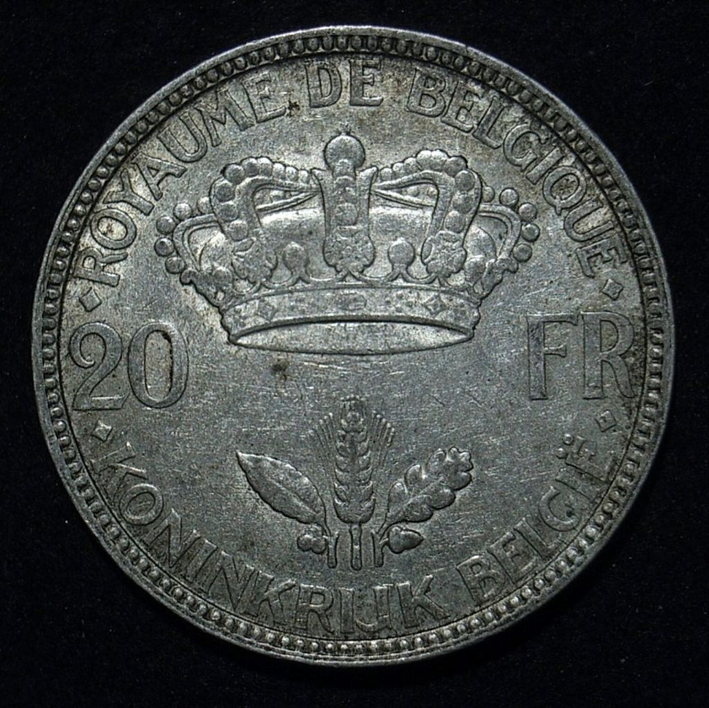 Close up 2 Belgium 20 Francs 1935 reverse