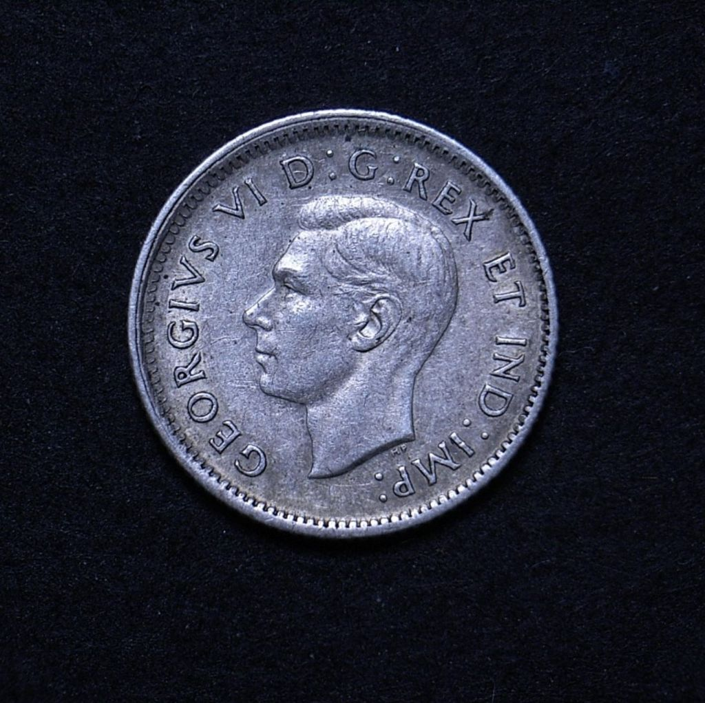 Close up Canada 10 cents 1942 obverse showing detail
