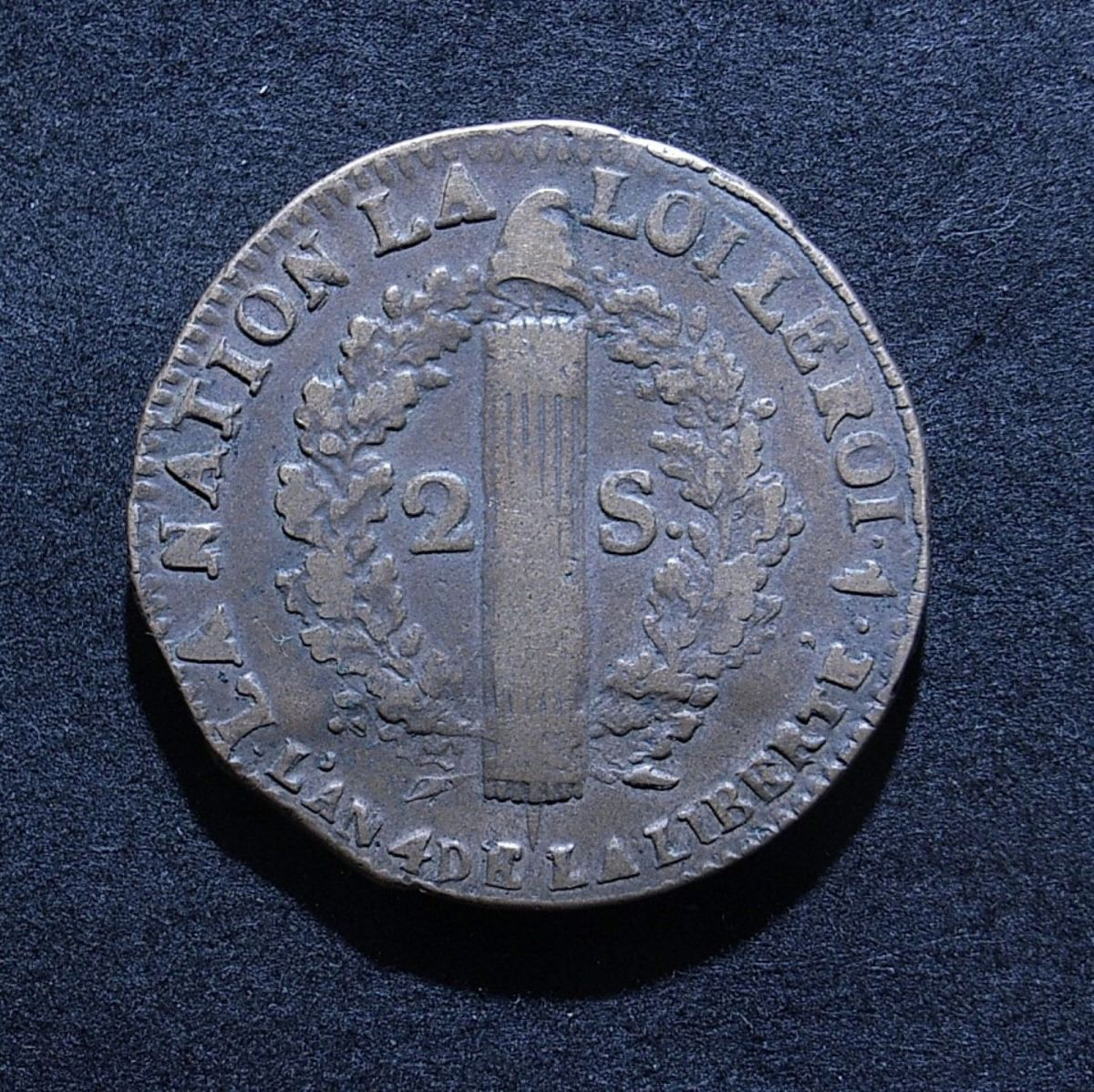 Close up of France 2 sous 1792 reverse