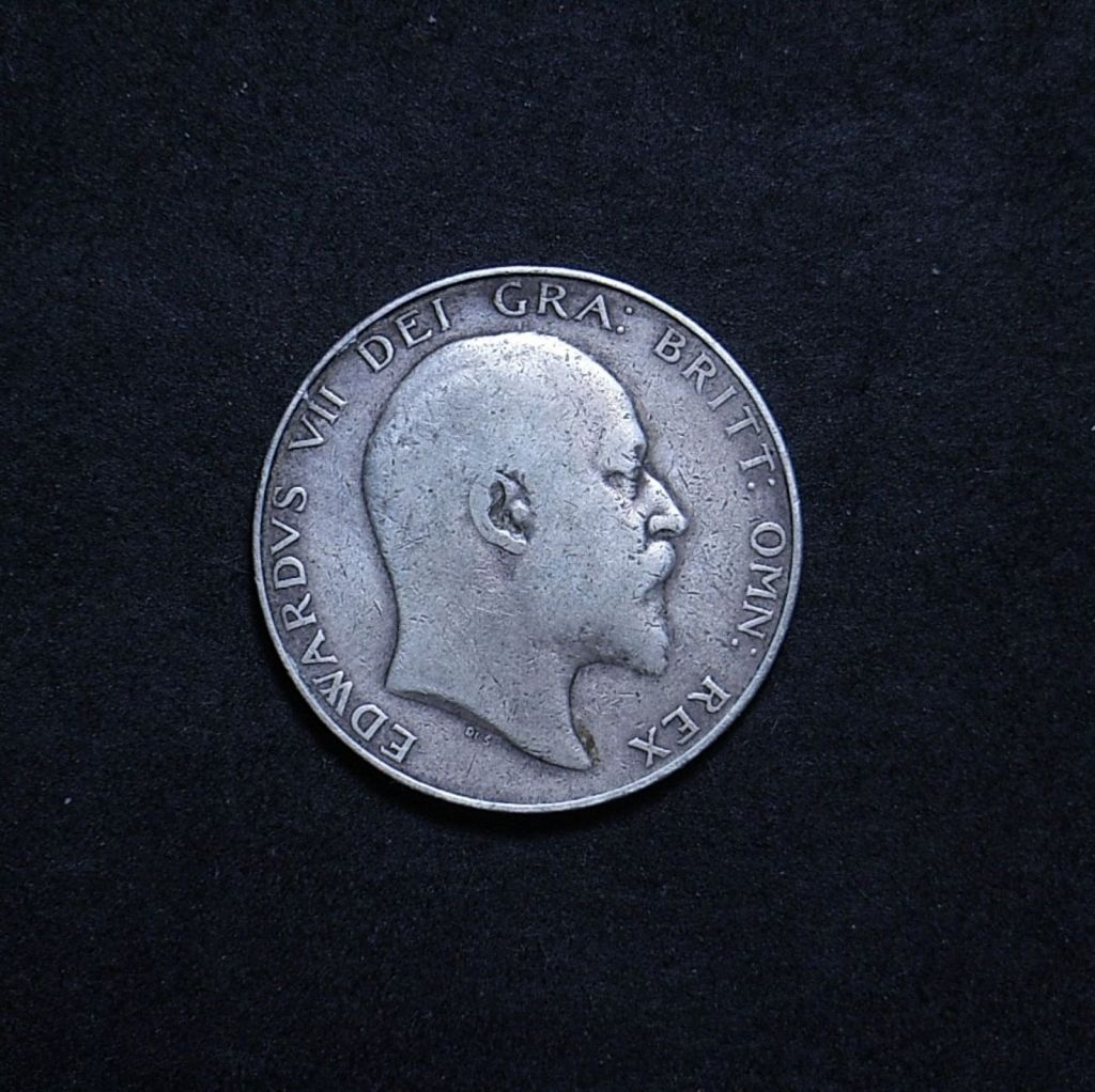 UK Half Crown 1909 obverse showing overall appearance