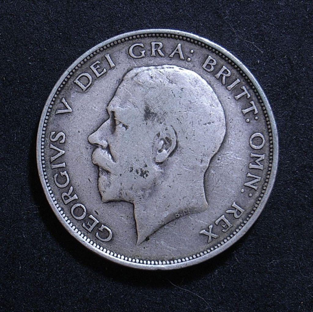 Close up UK Half Crown 1911 obverse showing detail