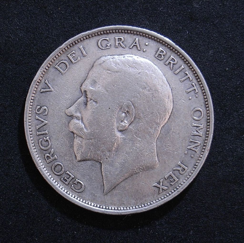 Close up UK Half Crown 1912 obverse showing detail