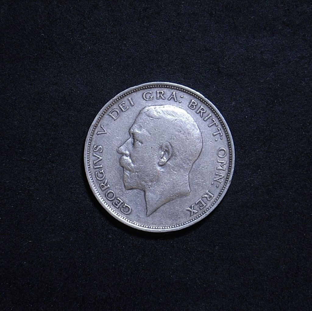 UK Half Crown 1912 obverse showing overall appearance