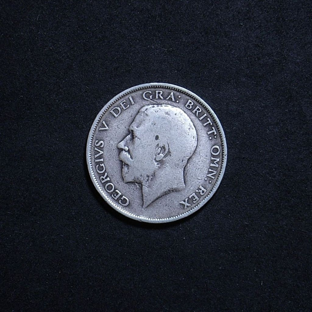 UK Half Crown 1913 obverse showing overall appearance