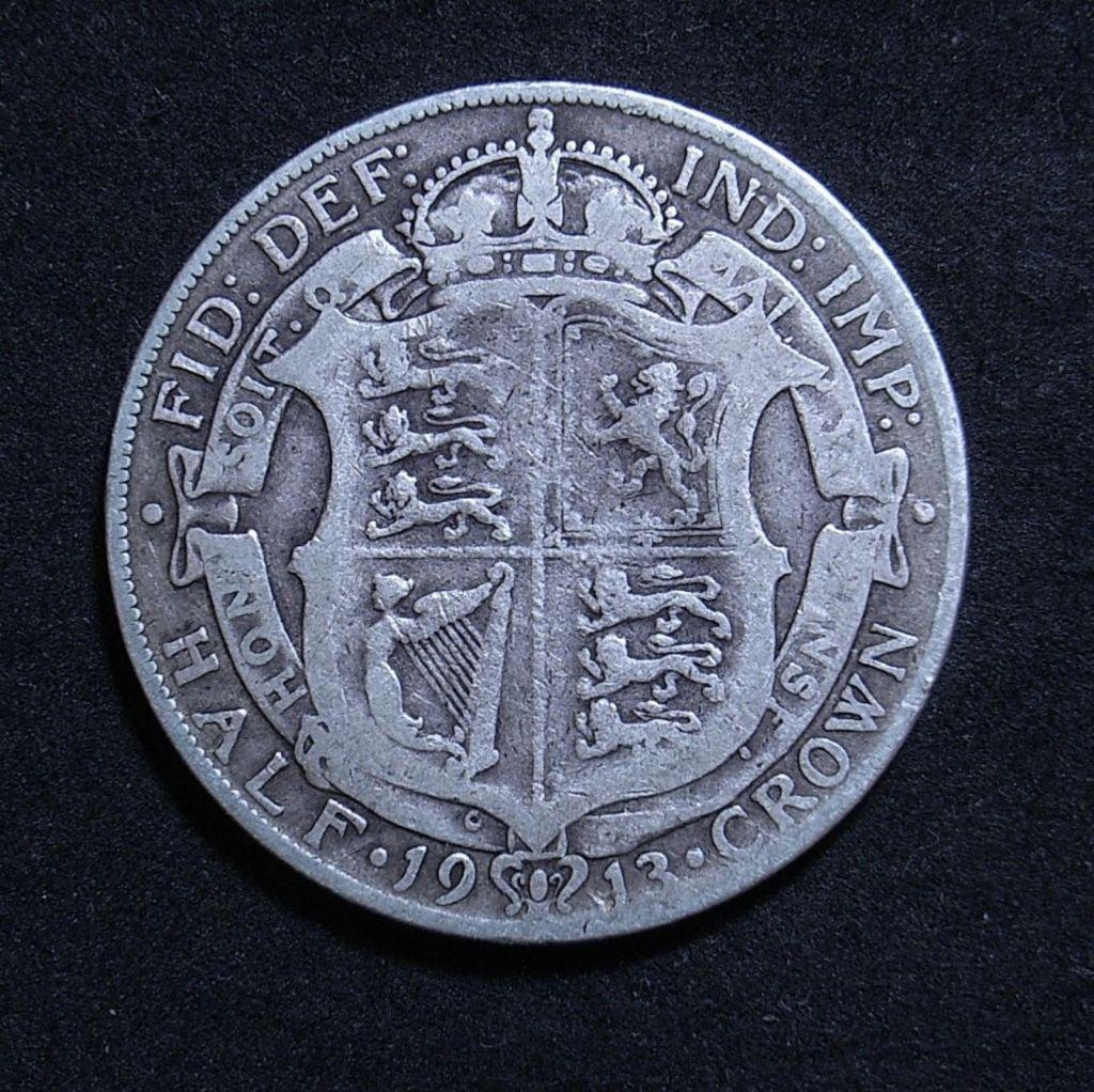 Close up UK Half Crown 1913 reverse showing detail