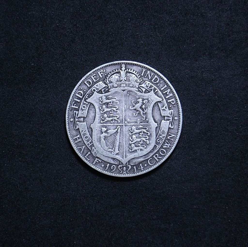 UK Half Crown 1914 reverse showing overall appearance