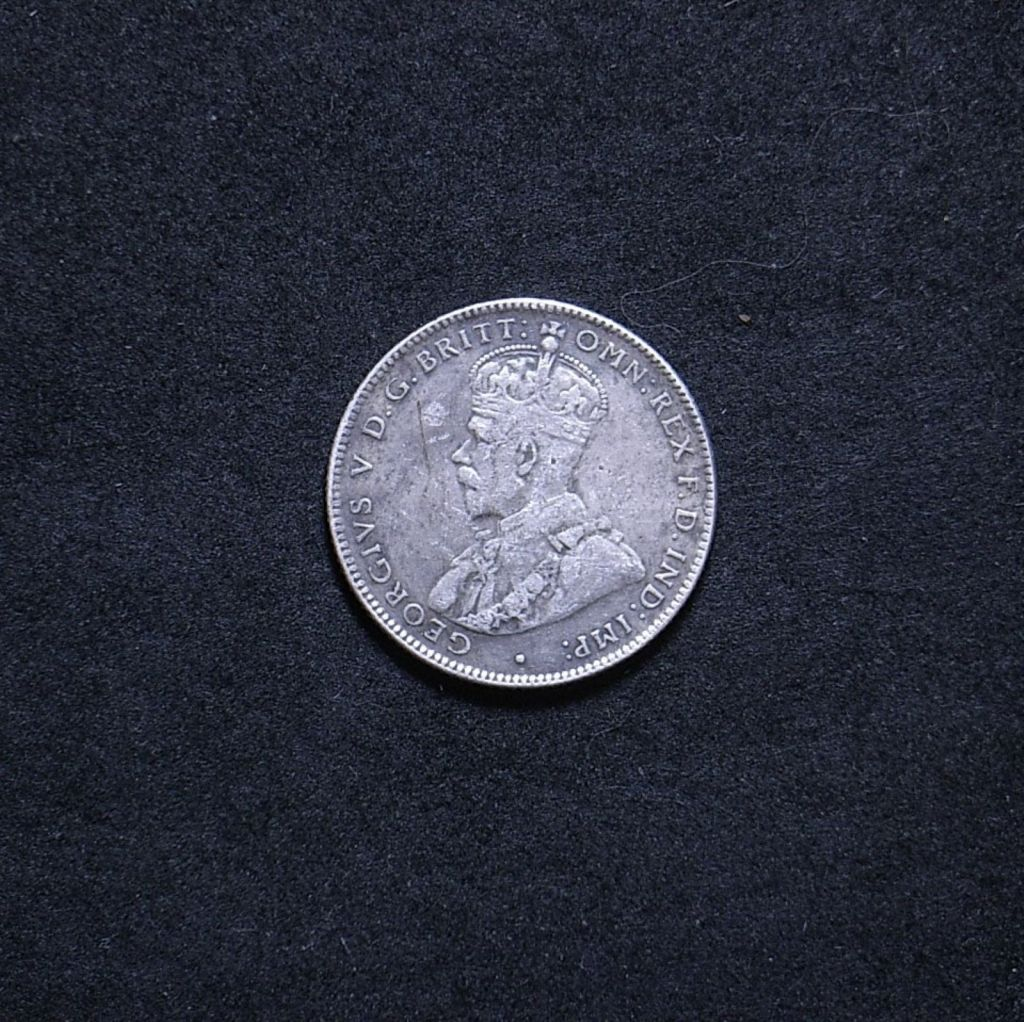 Aus Shilling 1933 obverse showing overall appearance