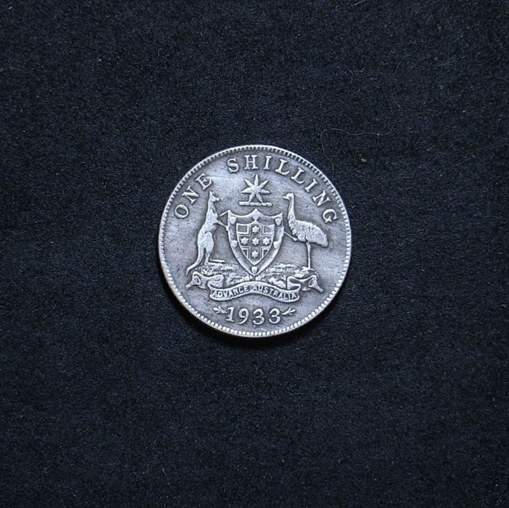 Aus Shilling 1933 reverse showing overall appearance