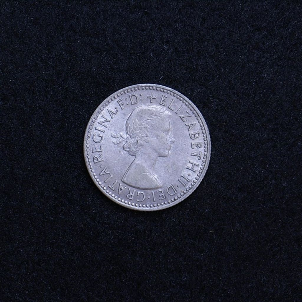 Aus shilling 1959 obverse showing overall appearance
