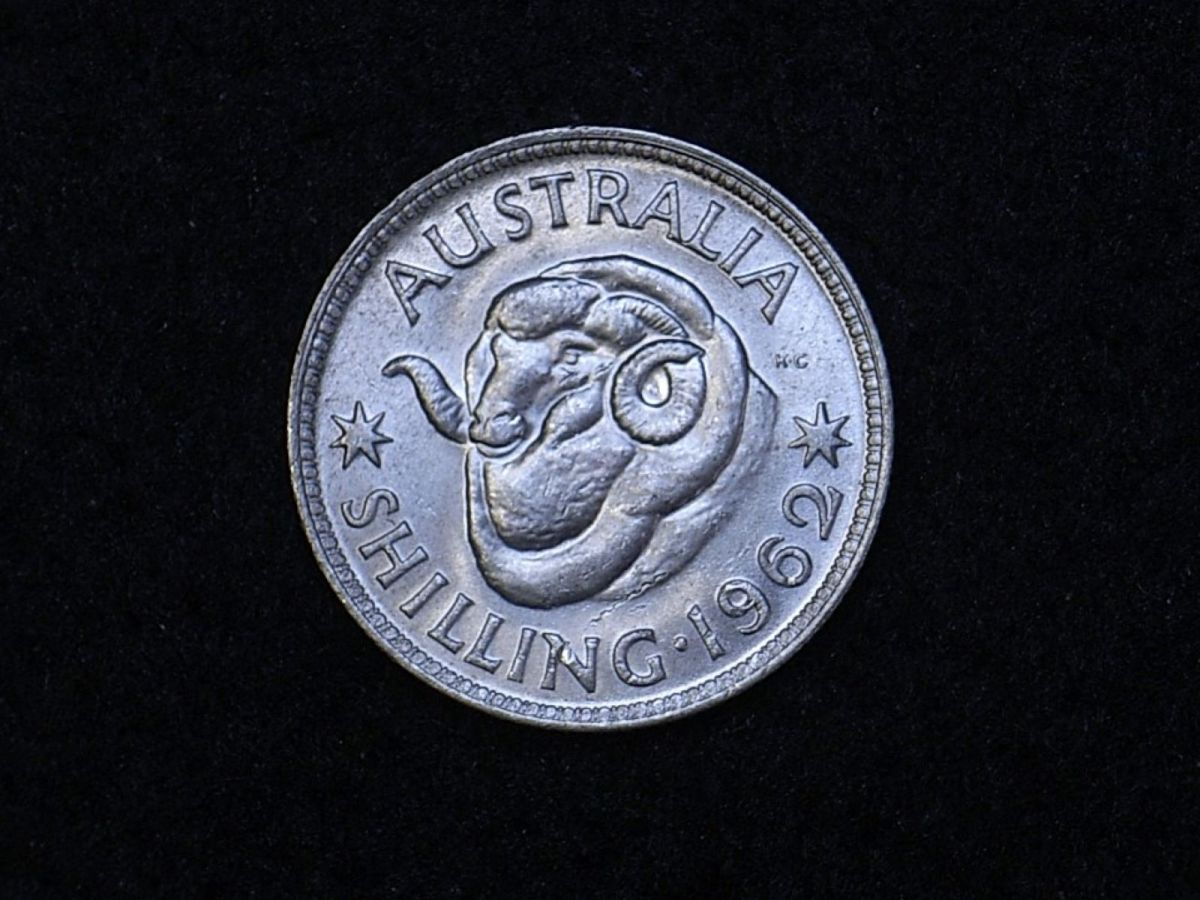 Aus shilling 1962 reverse showing overall appearance