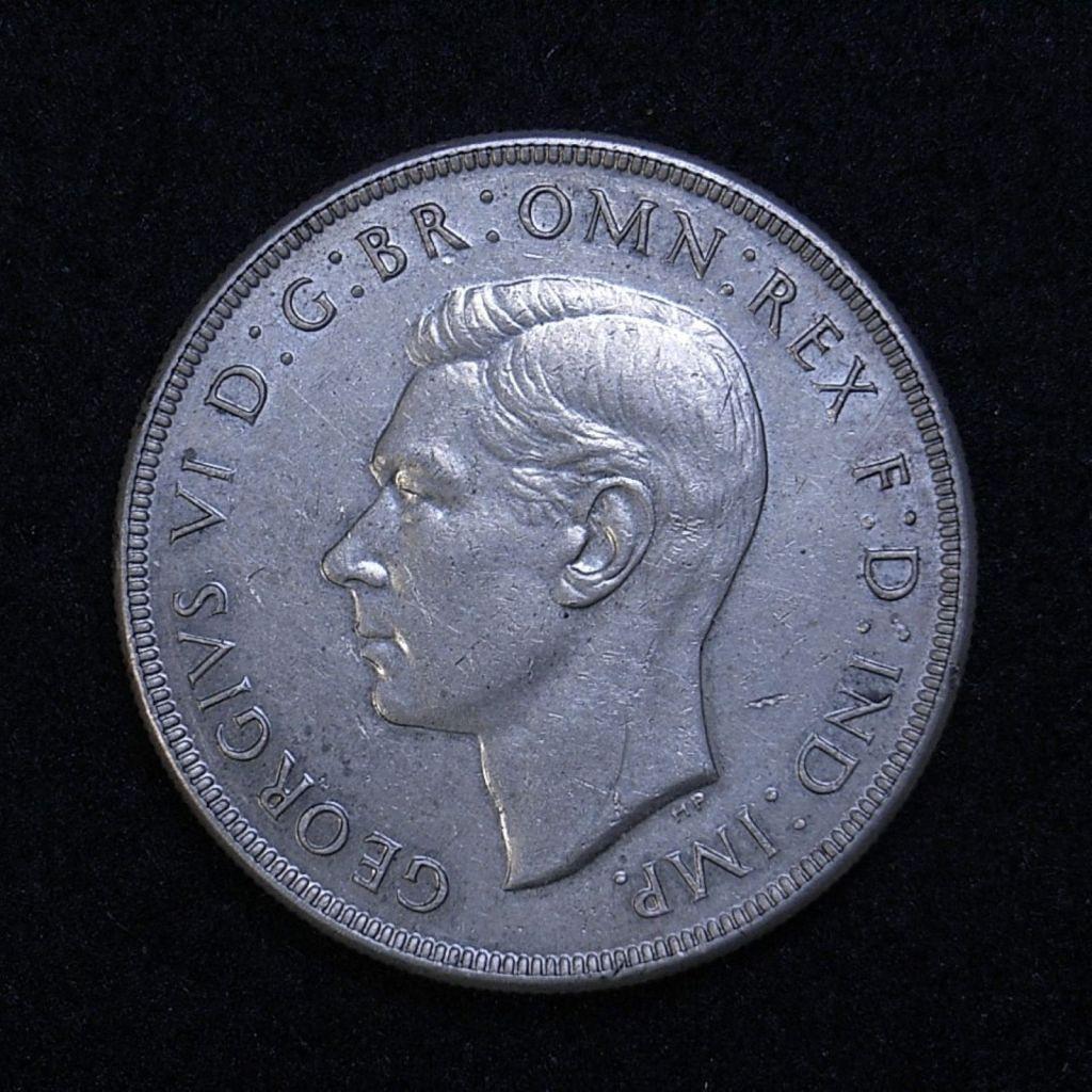 Close up Aus Crown 1938 obverse showing detail