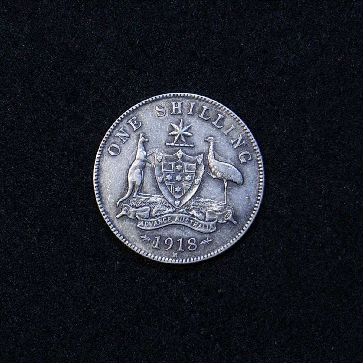 Aus Shilling 1918M reverse showing overall appearance