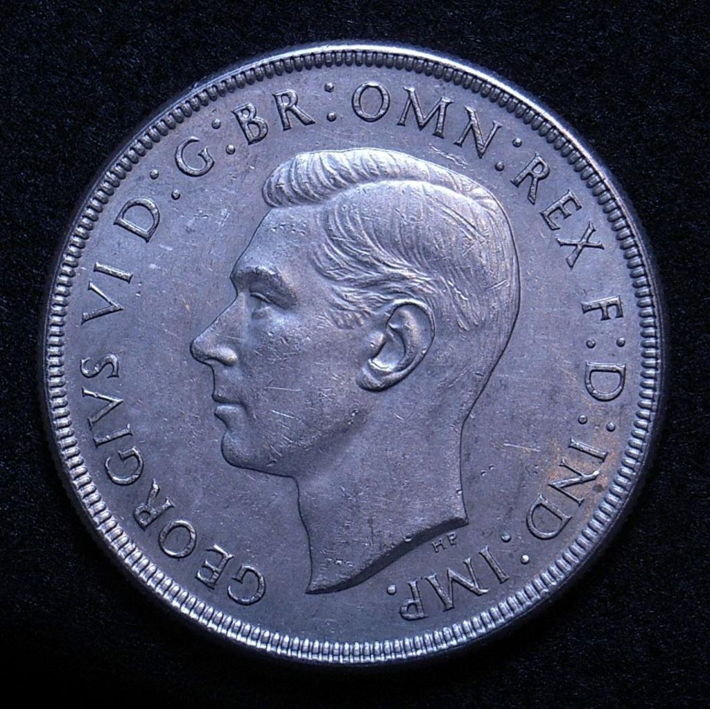 Close up Aus Crown 1937 obverse